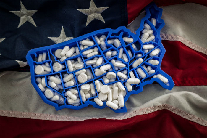 Americans filling far fewer opioid prescriptions